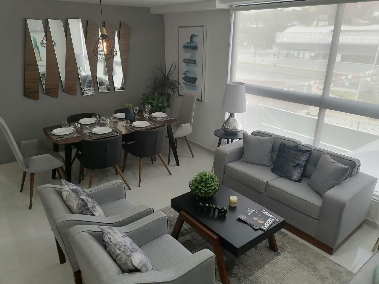 Puede ser una imagen de muebles y sala de estar