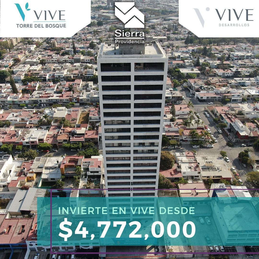 """Puede ser una imagen de rascacielos y texto que dice """"V'vIVE VIVE T.RREDELU DEL BOSQUE Sierra Providencia VIVE DESARROLLOS INVIERTE EN VIVE DESDE $4,772,000 u다"""""""